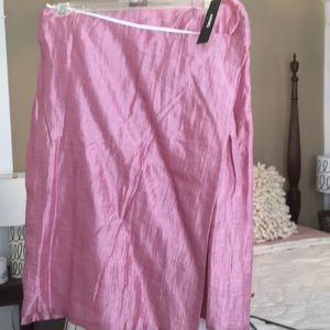 DKNY pink linen  and cotton lined skirt.